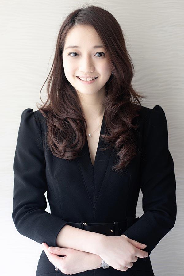 Wong Wai Chin, Crystal